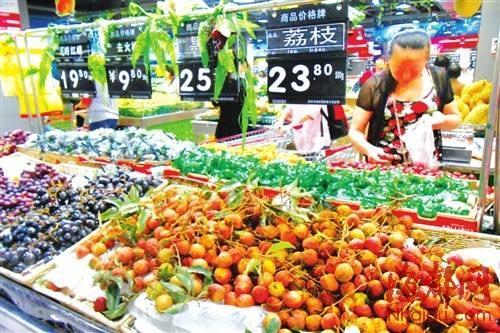 时令瓜果降价了!夏季时令水果上市量加大价格走低