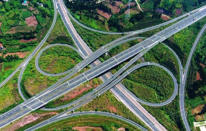 天府国际机场高速公路年内建成 40分钟到新机场